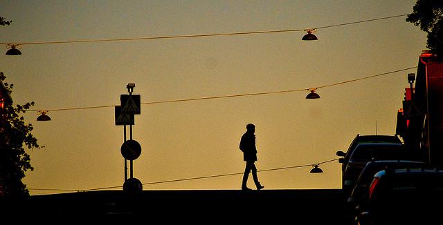 walking alone thinking