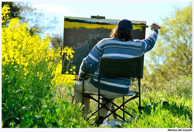Passionate painting artist